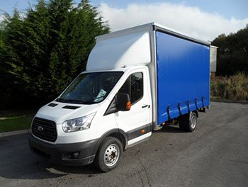 ford-transit-curtainside
